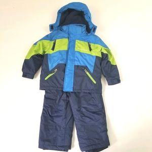 Weatherproof blue green jacket ski overalls set